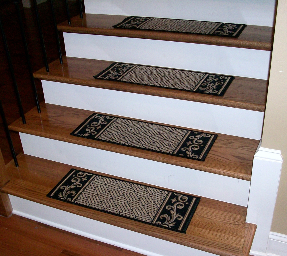 Stair Treads Black Beige Serged Carpet Runners Regarding Stair Tread Carpet Runners (Image 15 of 15)