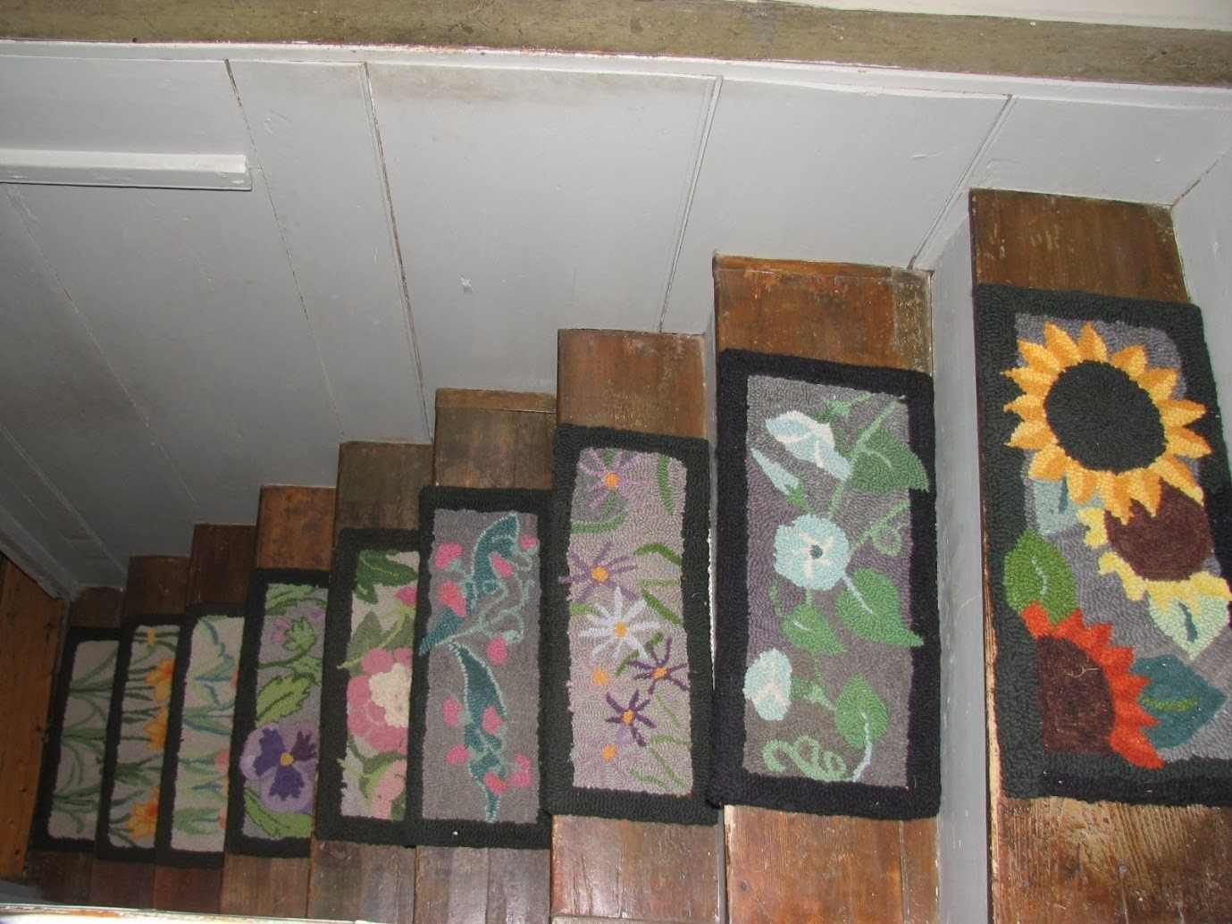 Stair Treads Rug Roselawnlutheran Regarding Staircase Tread Rugs (Image 14 of 15)