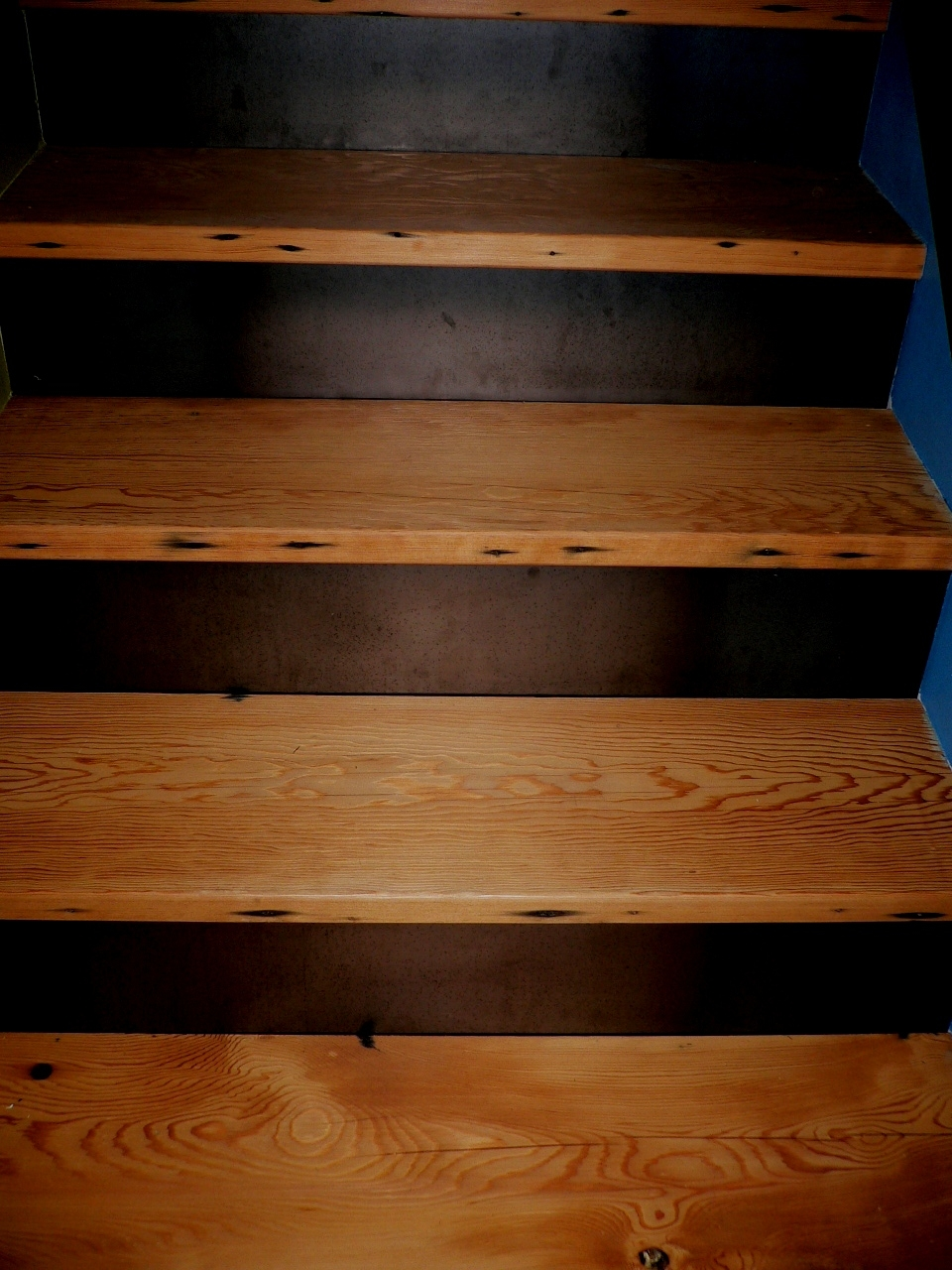 Stair Treads Wood Brown Stair Treads Wood Stair Design Ideas Intended For Brown Stair Treads (Image 11 of 15)