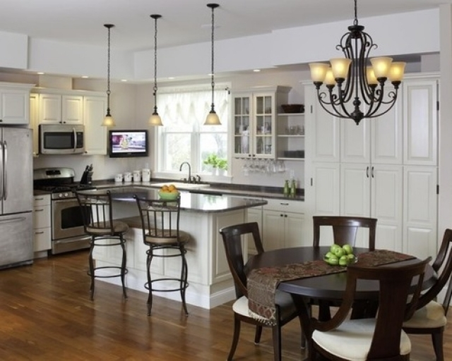 Stunning Elite Pendant Lighting With Matching Chandeliers Regarding Matching Pendant And Chandelier Home Design Ideas Pictures For (Image 21 of 25)