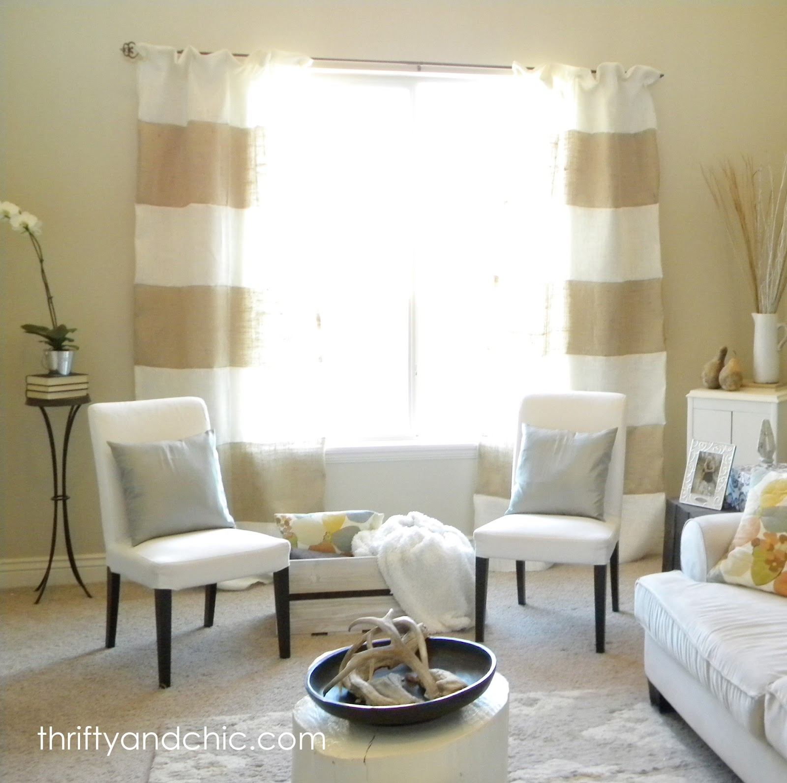 Thrifty And Chic Diy Projects And Home Decor With Burlap Curtains (Image 25 of 25)
