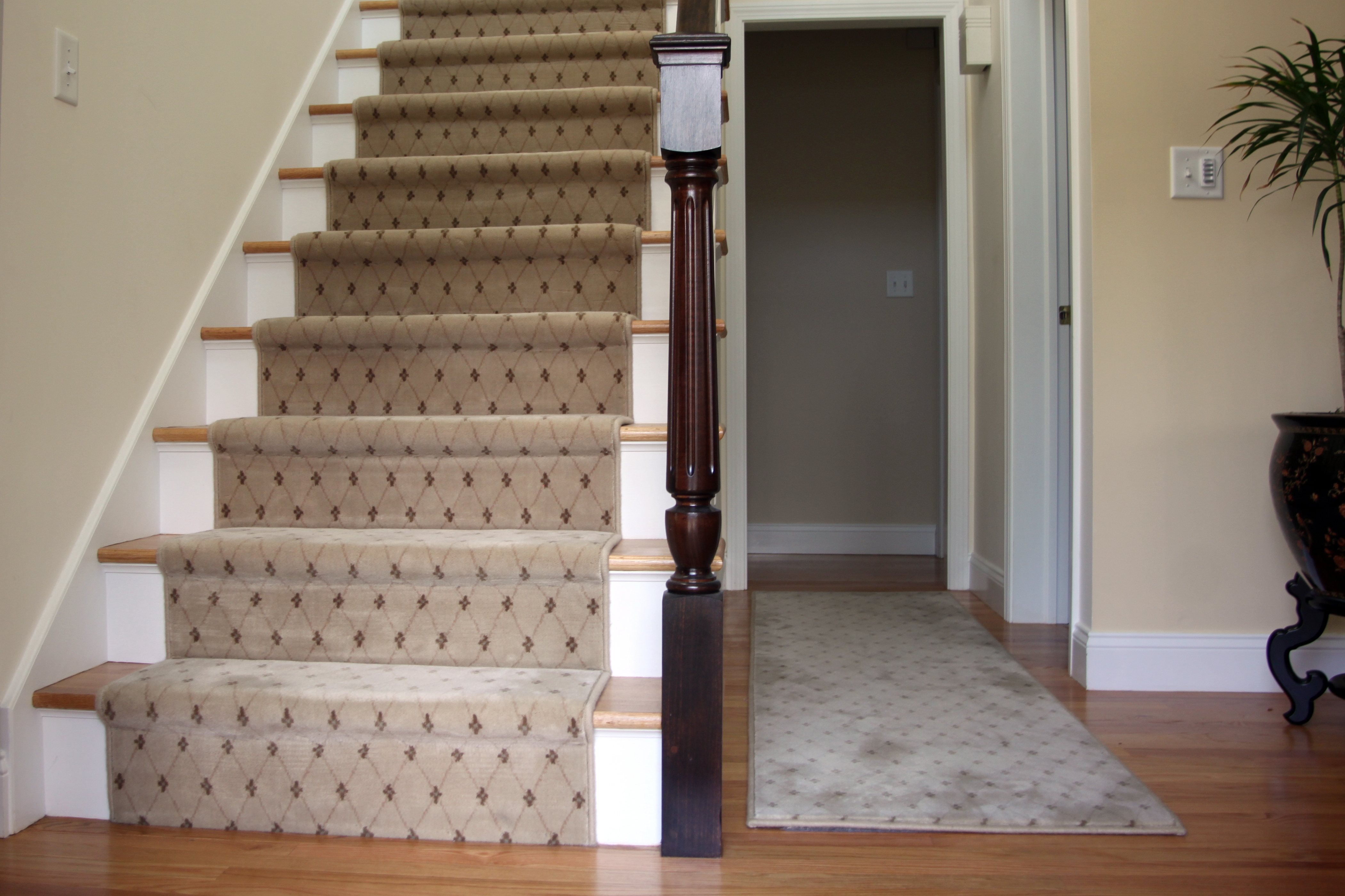 Tips Customize Your Stair Runners To Protects Your Stairs For Wool Stair Rug Treads (Image 14 of 15)