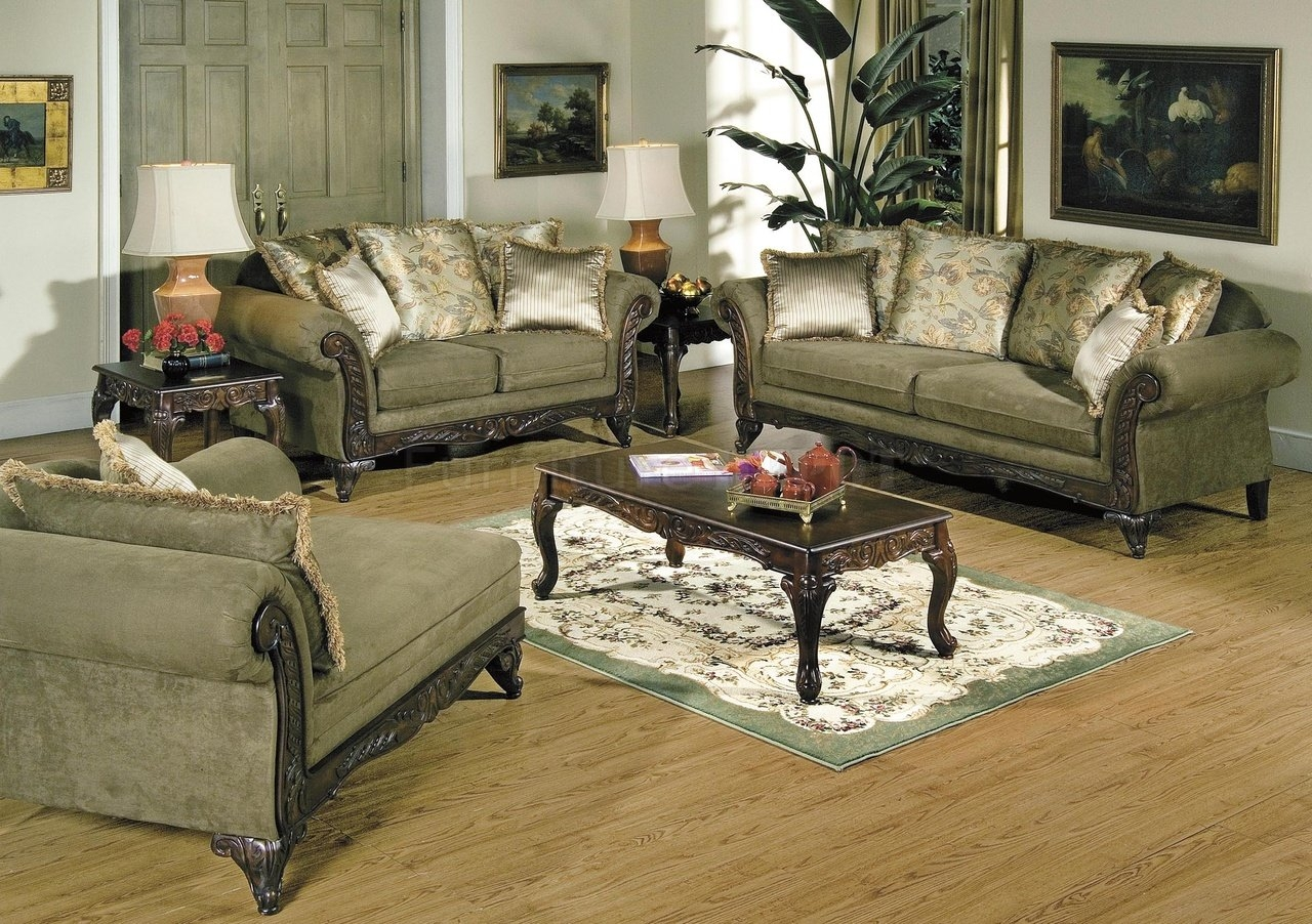 Traditional Sofas Living Room Furniture With Regard To Classic Sofas For Sale (Image 14 of 15)