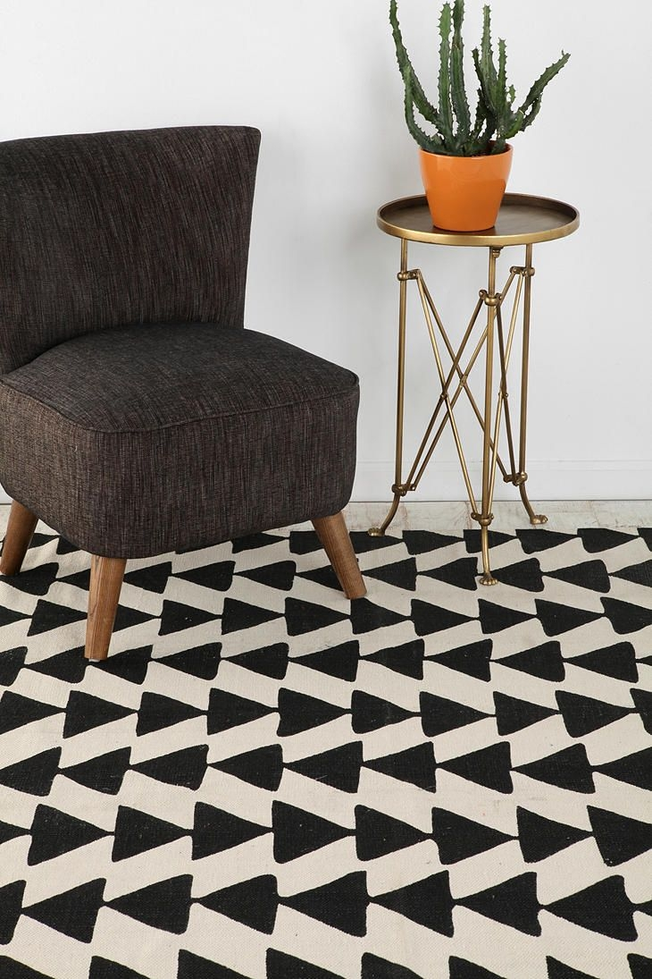 Urban Outfitters Rugs Uk Roselawnlutheran For Urban Outfitters Rugs (Image 11 of 15)