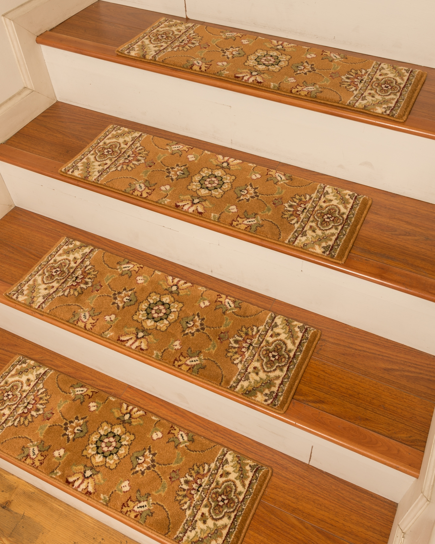 Featured Image of Stair Tread Rug Gripper