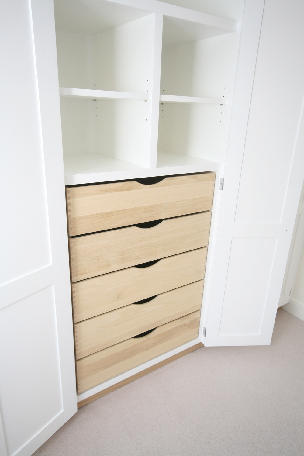 Wall To Wall Fitted Wardrobes With Drawers Throughout Drawers For Fitted Wardrobes (Image 15 of 15)