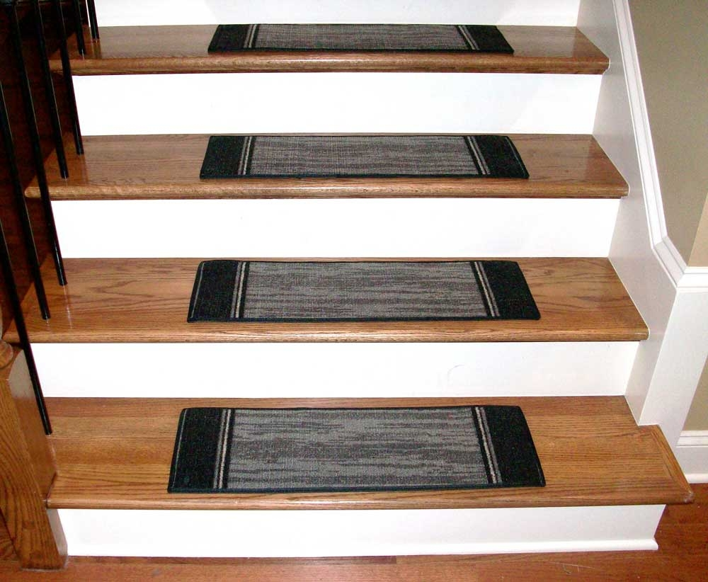 Featured Image of Grey Carpet Stair Treads
