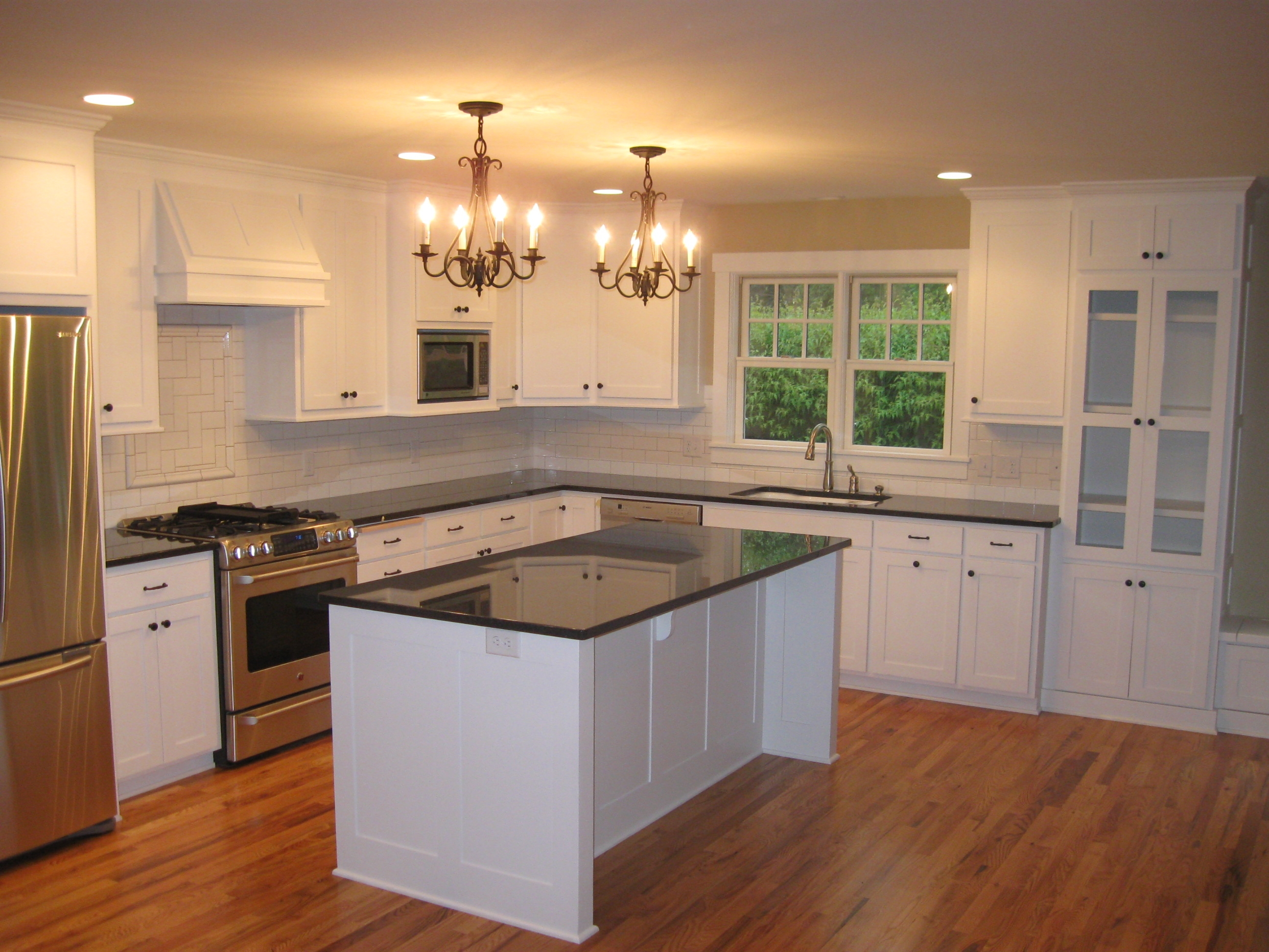 White Color Kitchen Cabinets Winters Texas For Kitchen Cupboards (Image 25 of 25)