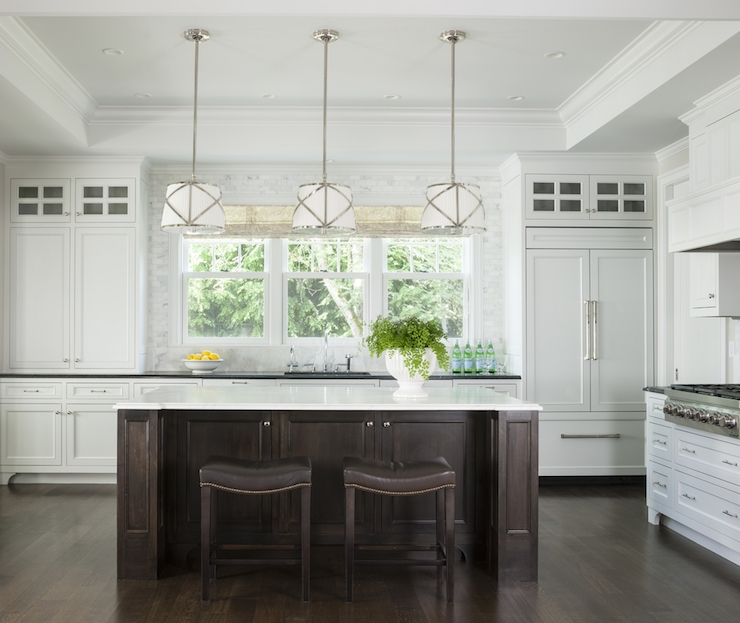 Wonderful Common Grosvenor Pendant Lights Intended For Kitchen With Tray Ceiling Traditional Kitchen Marianne Simon (View 5 of 25)