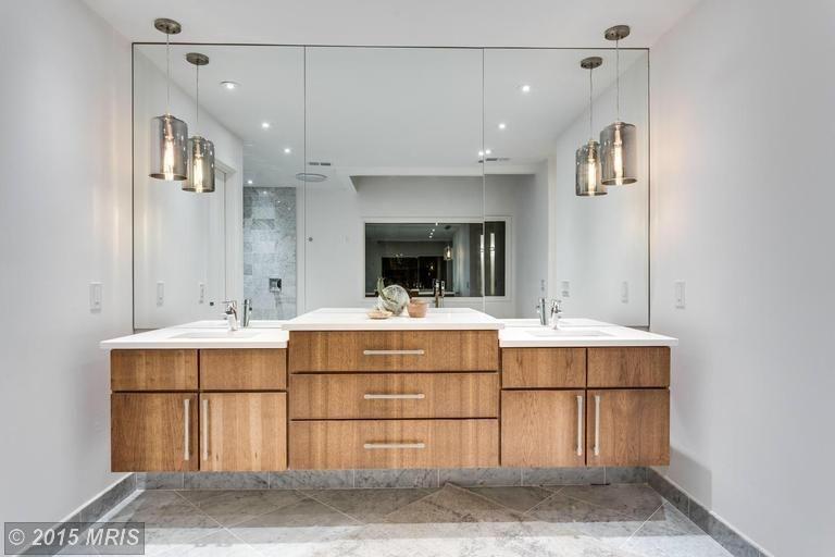 Wonderful Fashionable Bathroom Mini Pendant Lights In Modern Full Bathroom With Pendant Light Jackie Turner Zillow (Image 25 of 25)