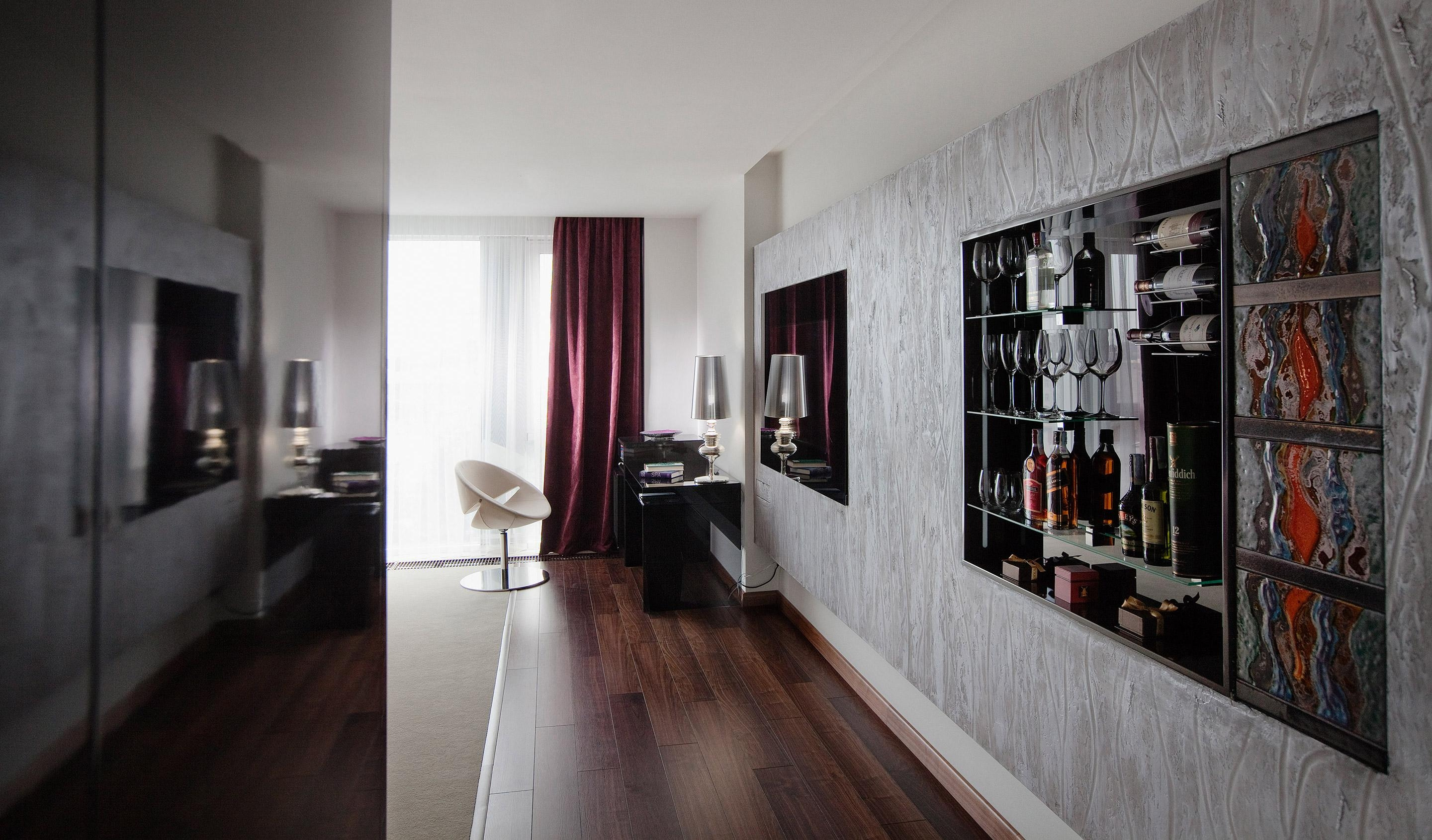 11 Mirrors (Kiev, Ukraine) | Design Hotels™ Intended For Hotel Mirrors (View 16 of 20)
