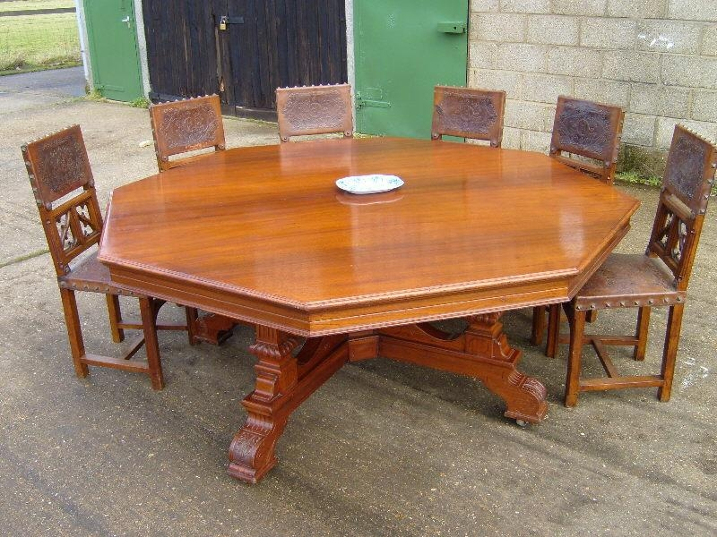 14 Round Dining Room Table Seats 8 | Electrohome For Huge Round Dining Tables (Image 1 of 20)