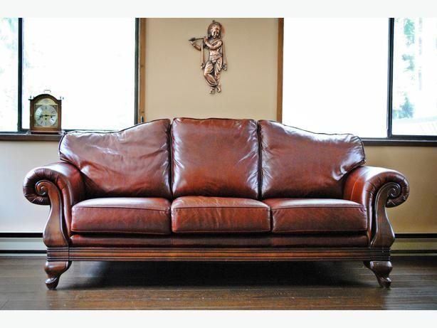 25+ Best Red Leather Couches Ideas On Pinterest | Red Leather Within Dark Red Leather Sofas (Image 5 of 20)