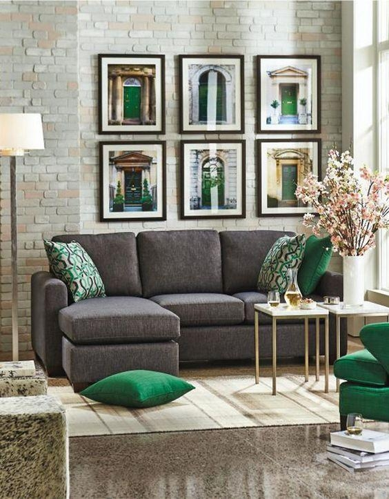 30 Green And Grey Living Room Décor Ideas – Digsdigs For Emerald Green Sofas (Image 2 of 20)