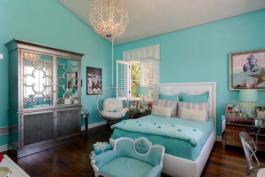 36 Cute Bedroom Ideas For Girls Pictures Of Furniture Decor Within Turquoise Bedroom Chandeliers (Image 6 of 25)