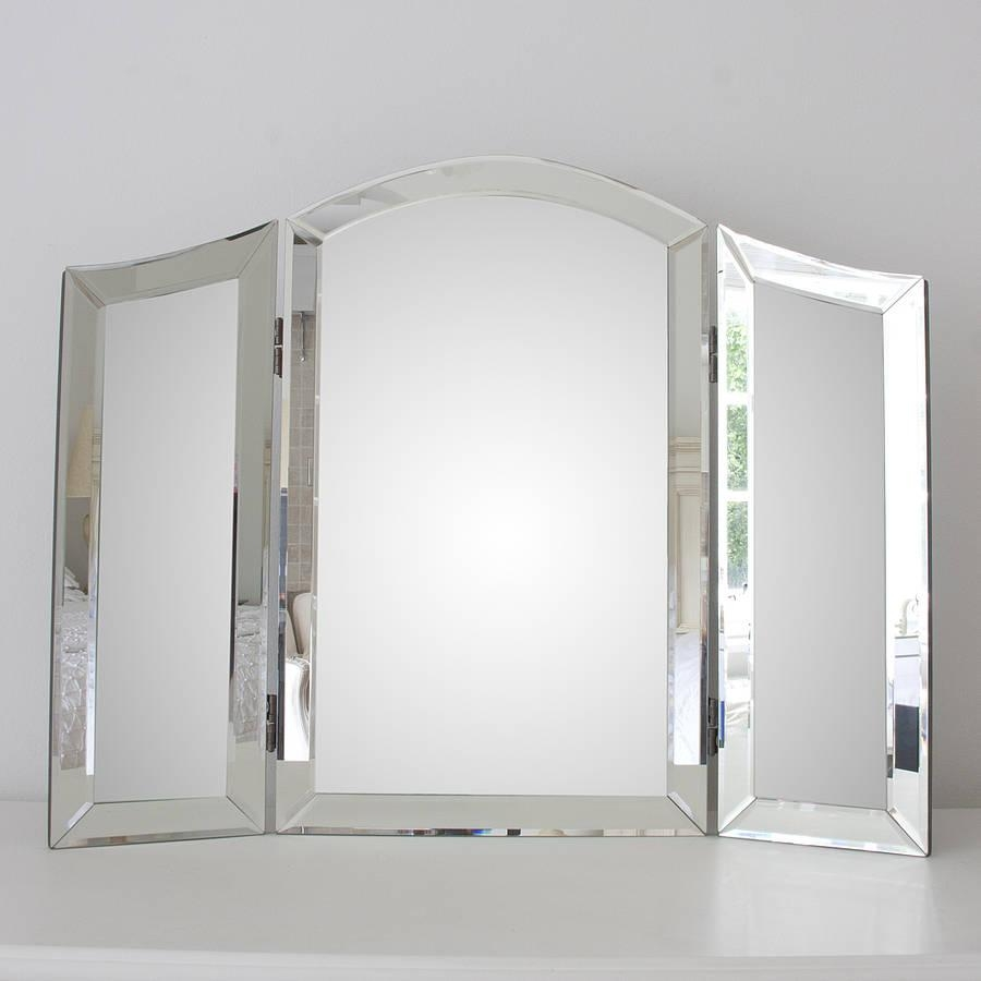 Featured Image of Dressing Table Mirror