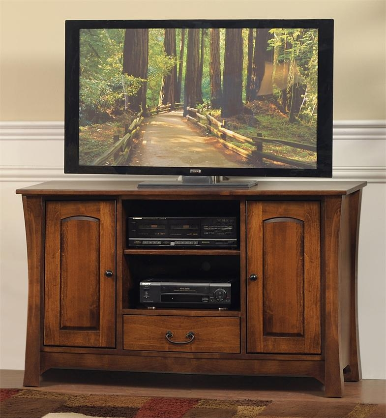 Amazing Famous Maple Wood TV Stands Regarding Amish Woodbury 45 55 Tv Stand (View 27 of 50)