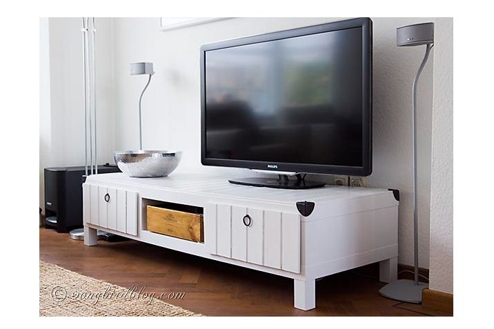 Amazing Fashionable TV Stands For Small Spaces With 5 Diy Tv Stands That Hide Ugly Cable Boxes And Wires (Image 1 of 50)