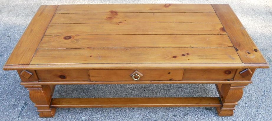 Amazing Popular Antique Pine Coffee Tables In Large Antique Style Pine Coffee Table With Single Storage Drawer (View 29 of 50)