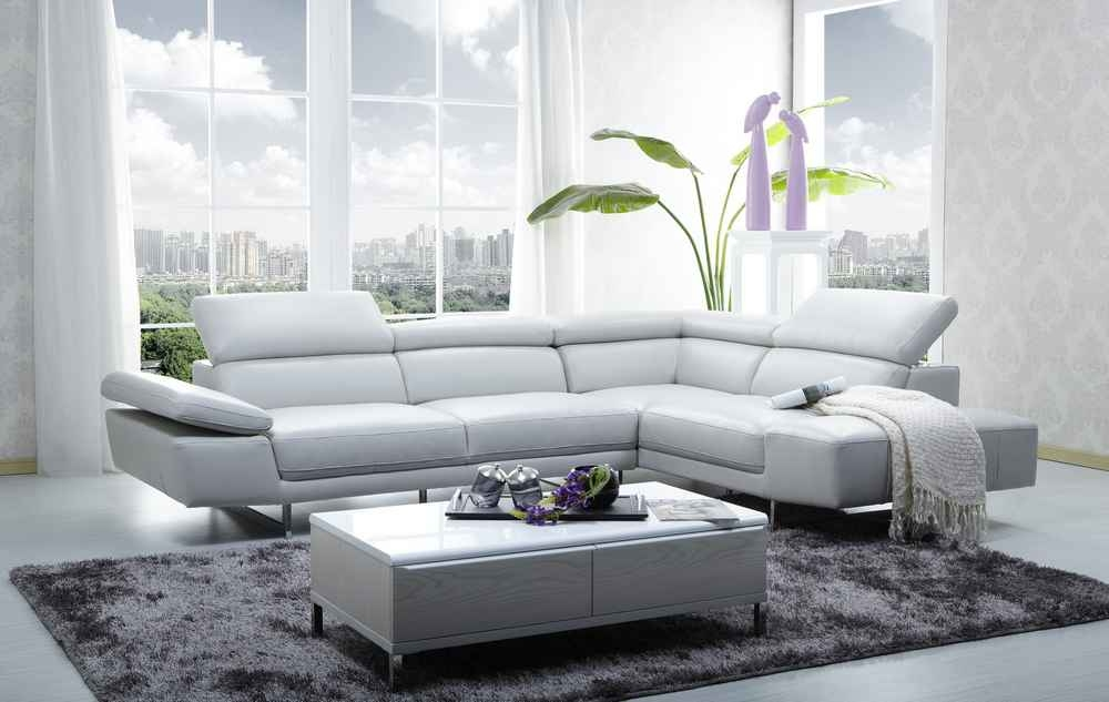 Amazing Popular Large Low White Coffee Tables Pertaining To Centerpiece Attractive White Coffee Table Living Room Remodeling (View 28 of 50)