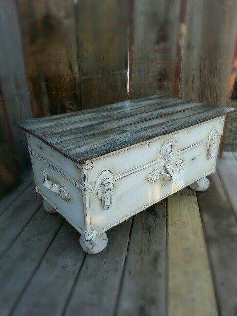 Amazing Popular Old Trunks As Coffee Tables With Regard To Best 25 Old Trunks Ideas On Pinterest Trunks Decorative Trunks (Image 3 of 50)