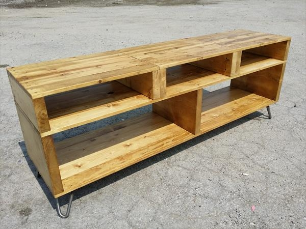 Amazing Well Known Hairpin Leg TV Stands Inside Solid Pallet Wood Tv Stand With Hairpin Legs 101 Pallets (Image 5 of 50)
