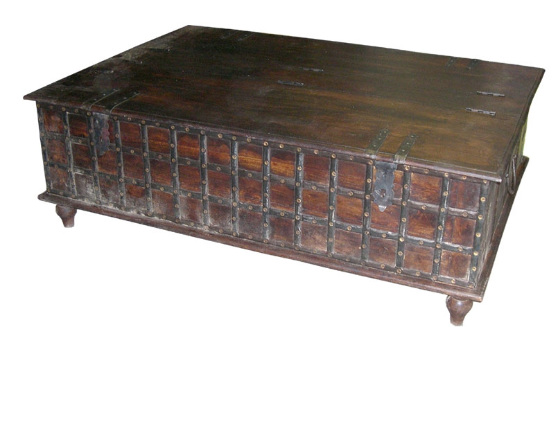Amazing Widely Used Large Trunk Coffee Tables For Large Trunk Coffee Table (Image 5 of 50)