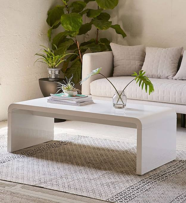 Amazing Widely Used Narrow Coffee Tables For 15 Narrow Coffee Table Ideas For Small Spaces Living Room Ideas (Image 3 of 50)