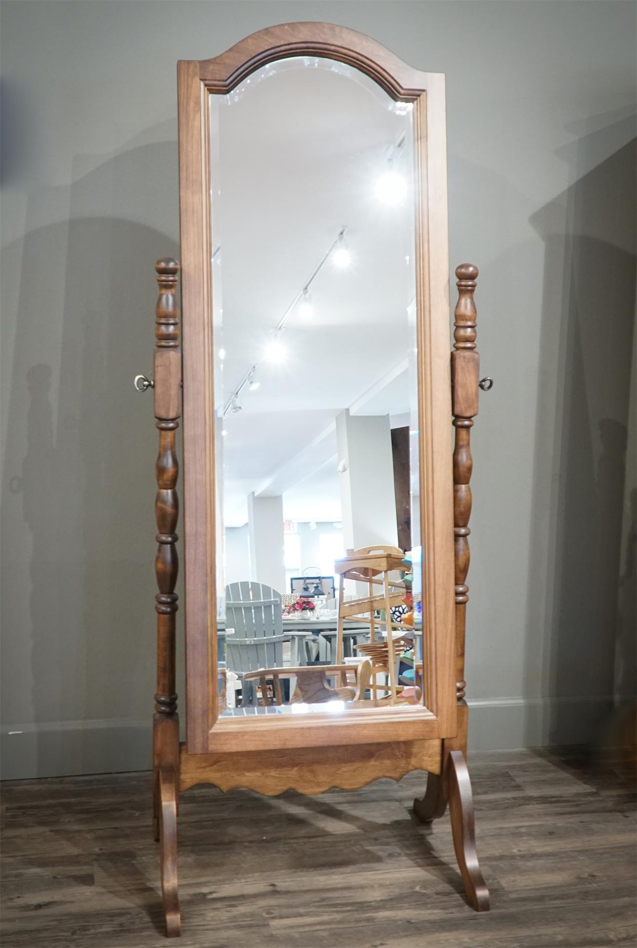 Amish Full Length Victorian Style Floor Mirror With Regard To Victorian Full Length Mirror (Image 1 of 20)