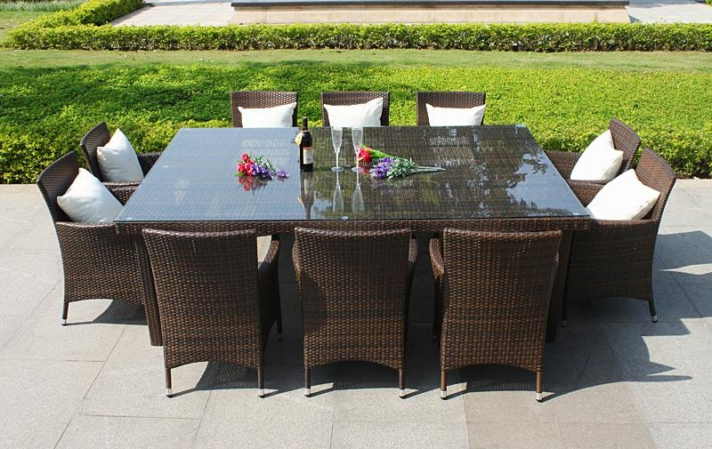 Featured Image of Garden Dining Tables And Chairs