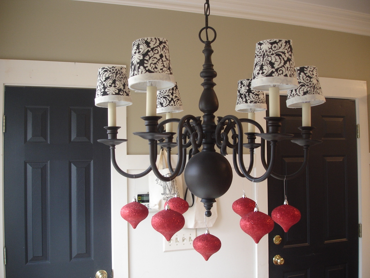 Awesome Black Chandelier With Shades 148 Black Chandelier With Red With Black Chandeliers With Shades (Image 3 of 25)