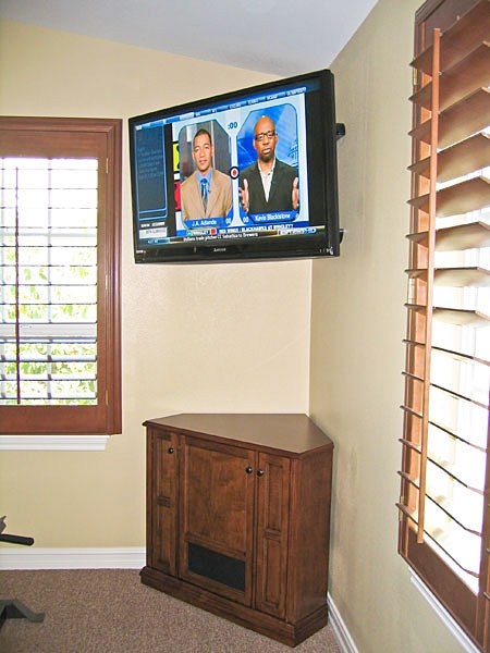 Awesome Brand New Compact Corner TV Stands For Corner Tv Cabinet C 130 Corner Tv Stand To Rest Below Wall (Image 7 of 50)