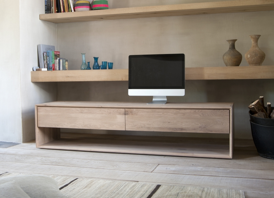 Awesome Deluxe Contemporary Oak TV Stands For Living Room Tv Furniture (Image 3 of 50)
