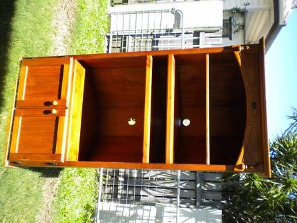 Awesome Deluxe Solid Pine TV Cabinets For Solid Pine Tv Cabinet Cabinets Gumtree Australia Logan Area (Image 3 of 50)