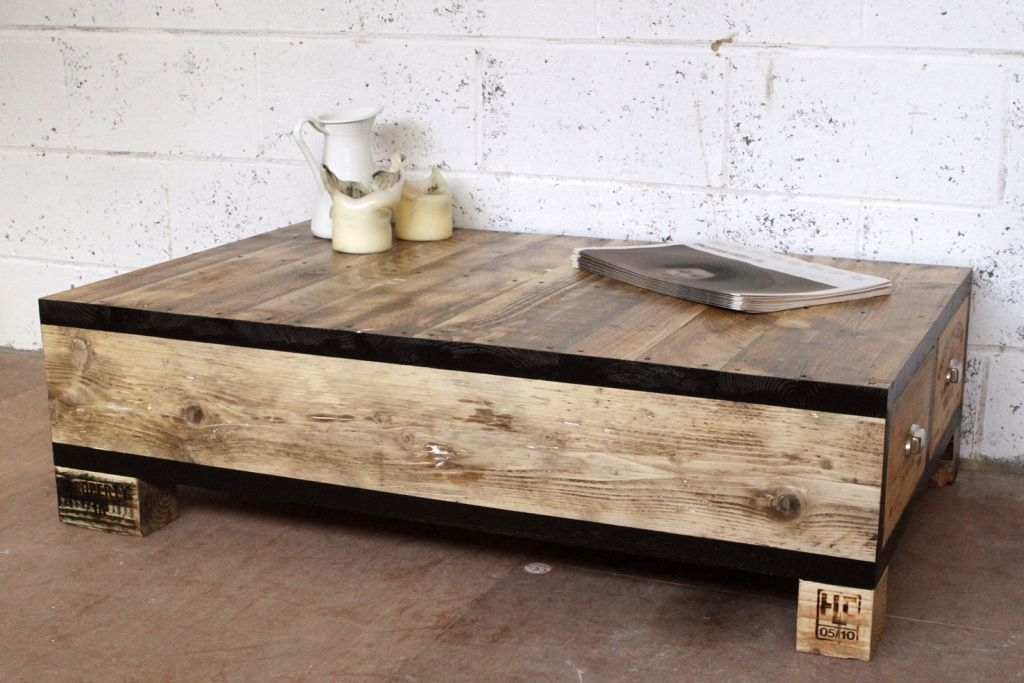 Awesome Fashionable Low Square Wooden Coffee Tables Throughout Acceptable Low Wood Coffee Table (Image 7 of 50)