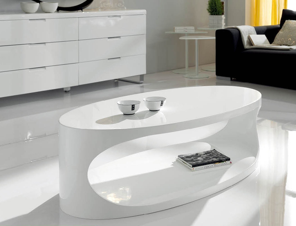 Awesome Fashionable Oval White Coffee Tables Throughout Modern White Oval Coffee Table Chocoaddicts Chocoaddicts (Image 6 of 50)