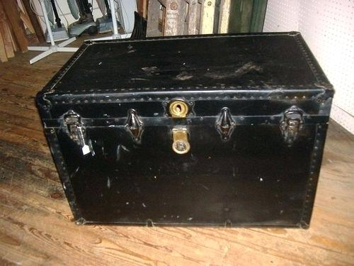 Awesome Fashionable Steamer Trunk Stainless Steel Coffee Tables With Regard To Steamer Trunks As Coffee Tables Dealhackrco (Image 4 of 50)