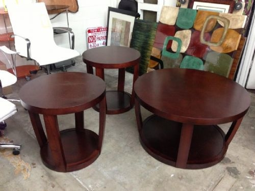 Awesome Wellliked Dark Wood Round Coffee Tables Throughout Fancy Round Coffee And End Table Sets Coffee And End Table Set (Image 12 of 50)