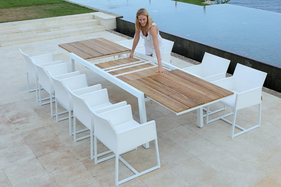 Baia Extendable Dining Table | Viesso For Outdoor Extendable Dining Tables (Image 2 of 20)