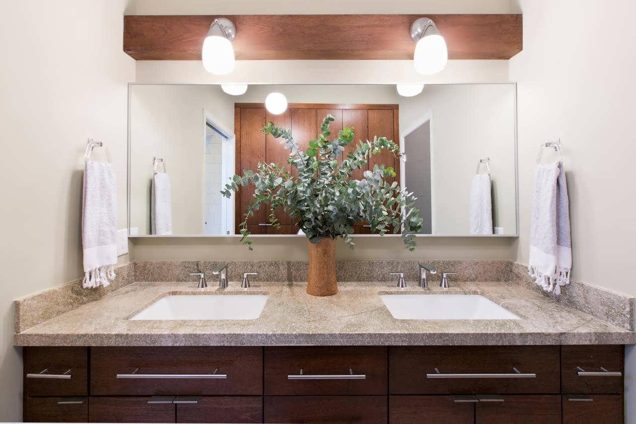 Bathroom Lighting Catalogue Hgtv Lighting Chandeliers Rain Drop Within Bathroom Lighting Chandeliers (Image 9 of 25)