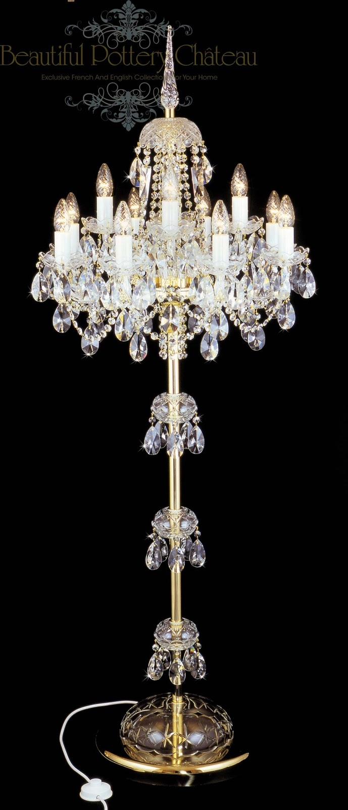 Featured Image of Standing Chandeliers