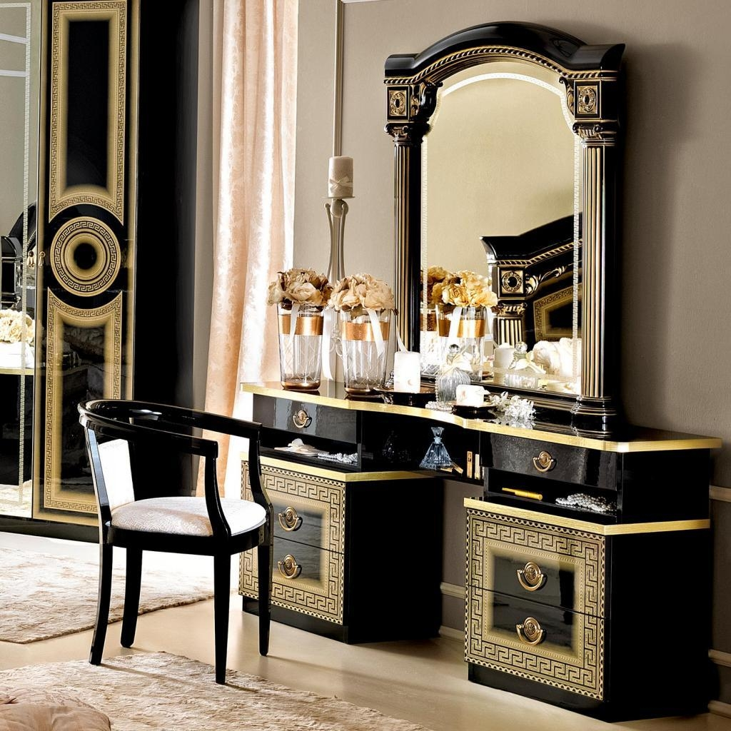Bedroom Furniture : Table Dressing Modern Makeup Table Luxurious Regarding Gold Dressing Table Mirror (View 6 of 20)