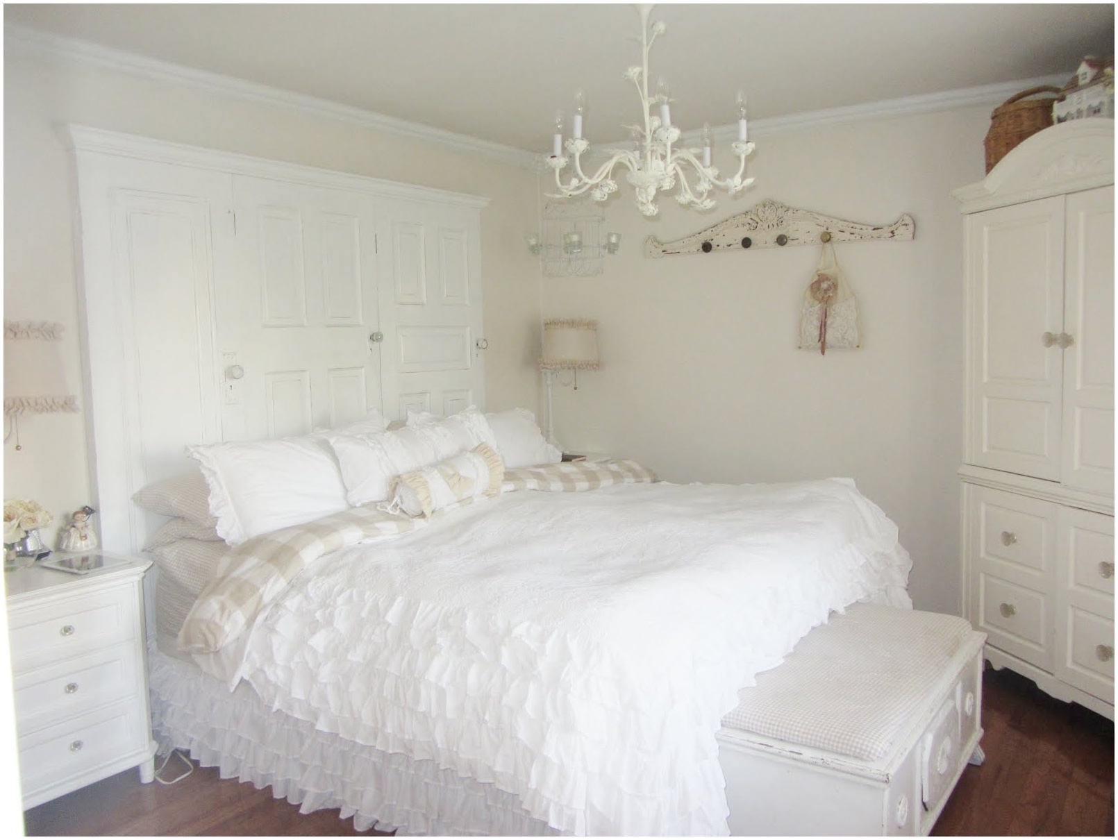 Bedroom Small White Bedroom Chandeliers American Iron Ceiling With Small White Chandeliers (Image 6 of 25)