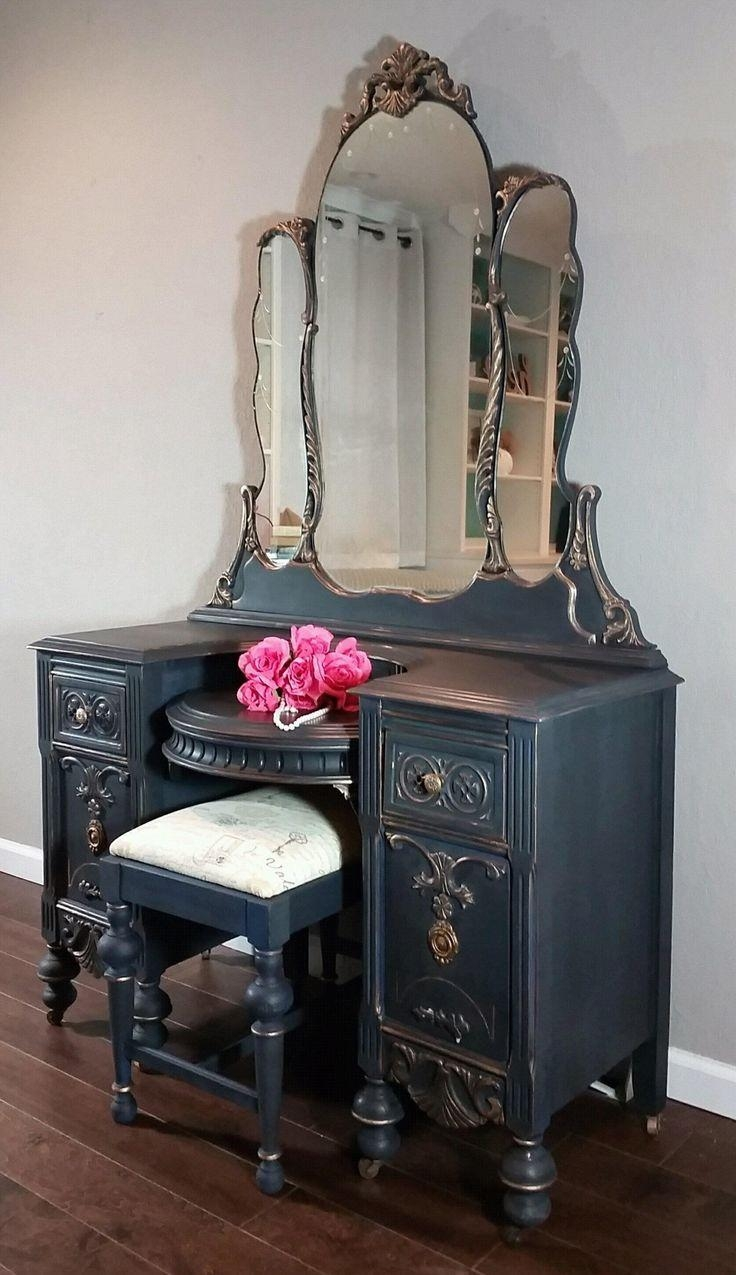 Best 25+ Antique Makeup Vanities Ideas On Pinterest | Vintage Throughout Gold Dressing Table Mirror (Image 7 of 20)