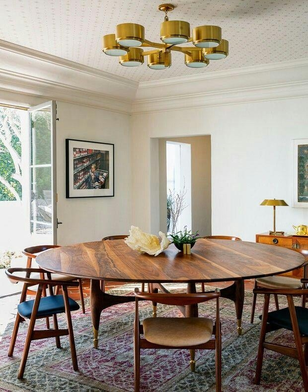 Best 25+ Large Round Dining Table Ideas On Pinterest | Round Throughout Large Circular Dining Tables (Image 7 of 20)