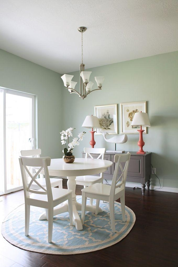 Best 25+ Small Dining Rooms Ideas On Pinterest | Small Kitchen Within Small Round White Dining Tables (Image 6 of 20)