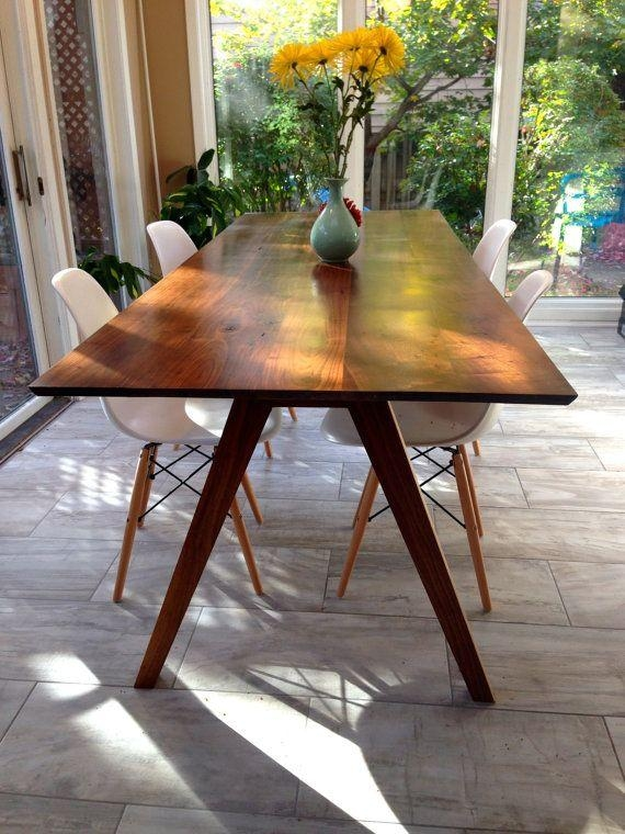 Best 25+ Walnut Dining Table Ideas On Pinterest | Mid Century Intended For Walnut Dining Tables (Image 4 of 20)