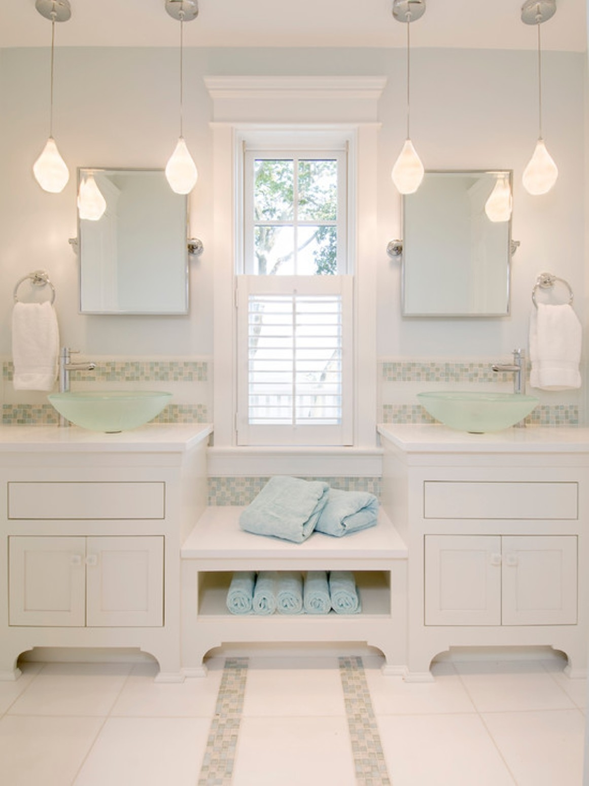 Best Pendant Lighting Bathroom Vanity For Awesome Nuance White For Chandelier Bathroom Vanity Lighting (Image 12 of 25)