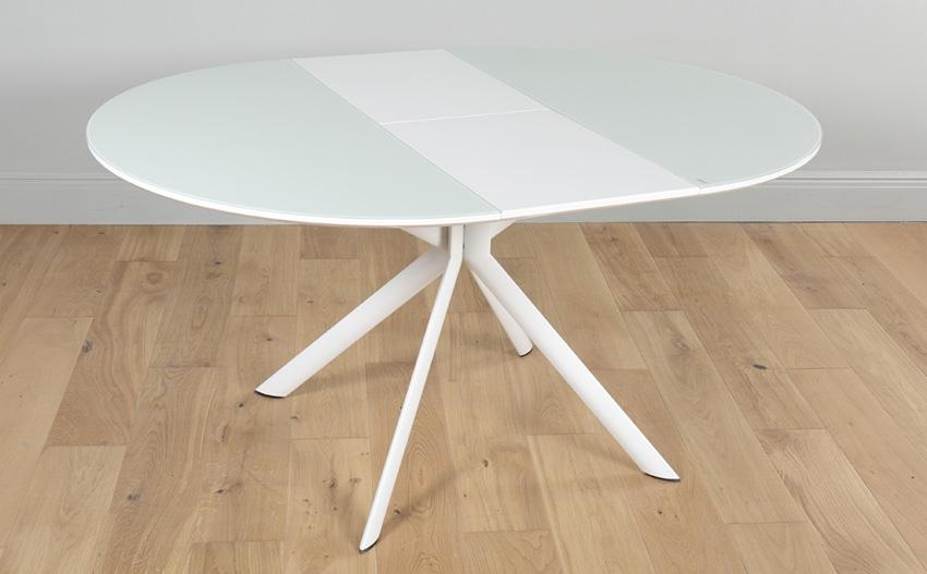 Blake Round White High Gloss And Glass Extending Dining Table 115 Pertaining To Round White Extendable Dining Tables (View 2 of 20)