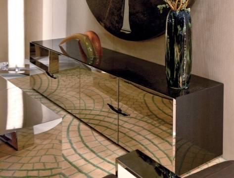 Brilliant Common Mirrored TV Stands Pertaining To Mirrored Tv Stand On The Hunt (View 32 of 50)